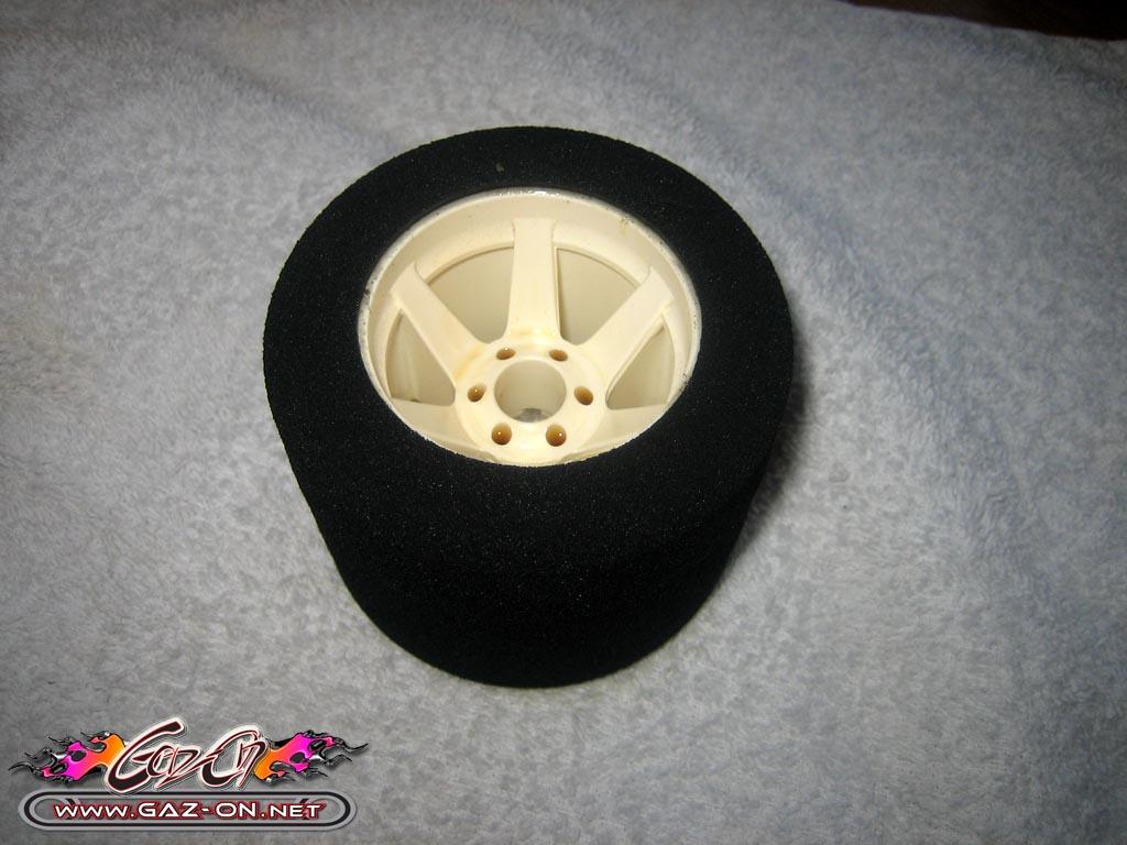 Comment et pourquoi monter des pneus en mousse pour piste for Garage pour monter pneus