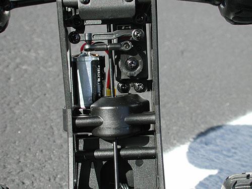 new concept 1ae67 74b99 Vendu au prix de 175 €, le MiniZilla RTR est pré assemblé et se compose
